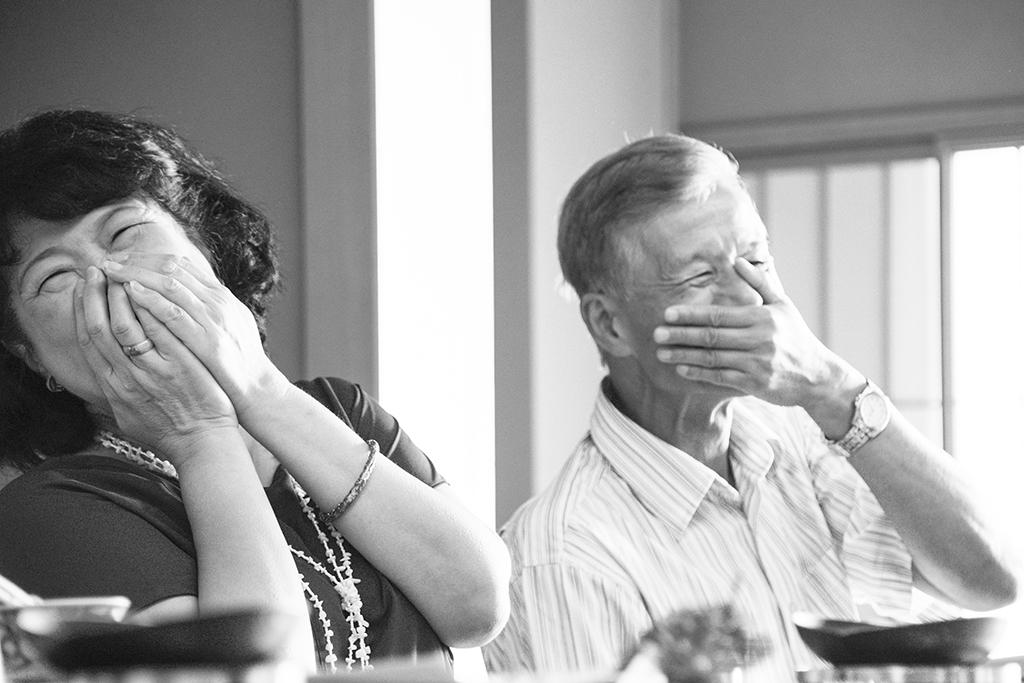 出張撮影・お外スタジオ・結婚式撮影・ホームページ制作・グラフィックデザイン制作・アルバムデザイン制作を西宮・神戸・大阪・芦屋・宝塚中心に行っているLighthouse Photoの出張撮影・イベント撮影・お誕生日撮影の『兵庫県宝塚市のホテル若水にてお誕生日撮影』の撮影の様子11