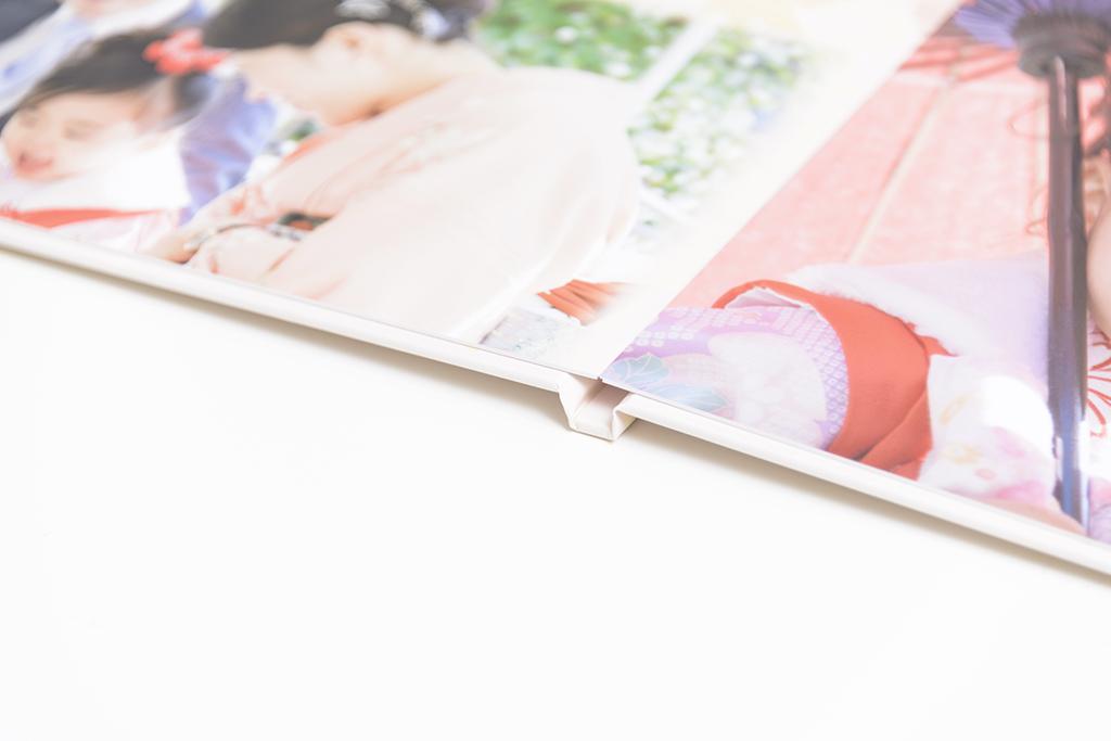 出張撮影・お外スタジオ・結婚式撮影・ホームページ制作・グラフィックデザイン制作・アルバムデザイン制作を西宮・神戸・大阪・芦屋・宝塚中心に行っているLighthouse PhotoのDVD&ALBUMの08