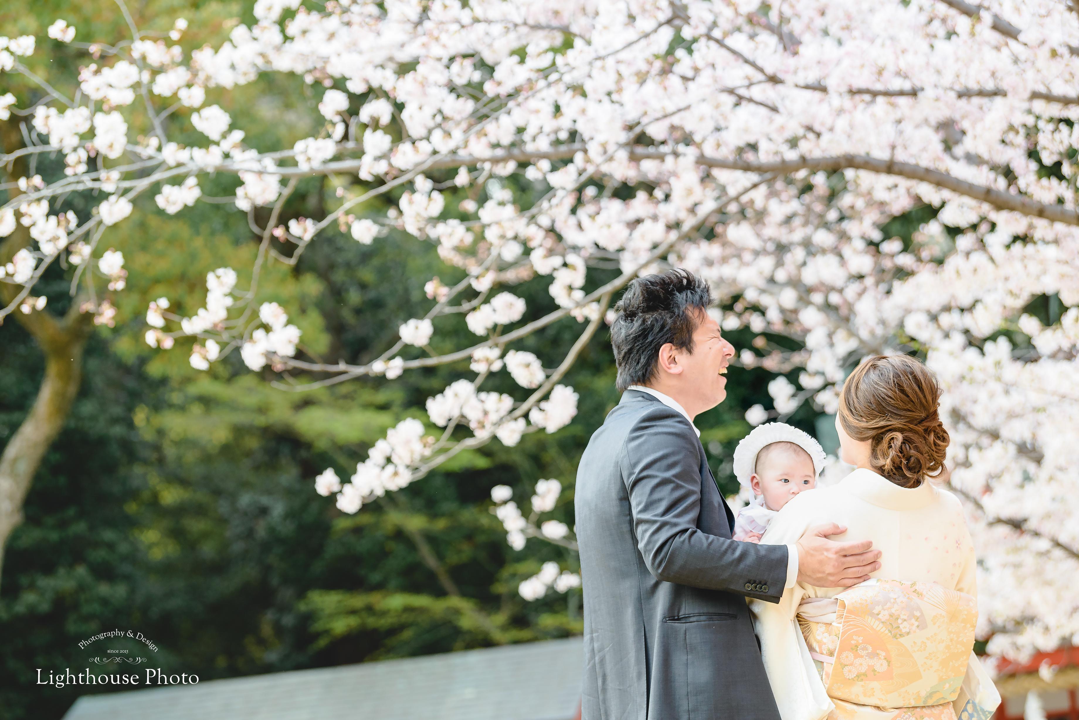 桜の季節ももうすぐ。桜と一緒にお宮参りロケーションフォト@生田神社
