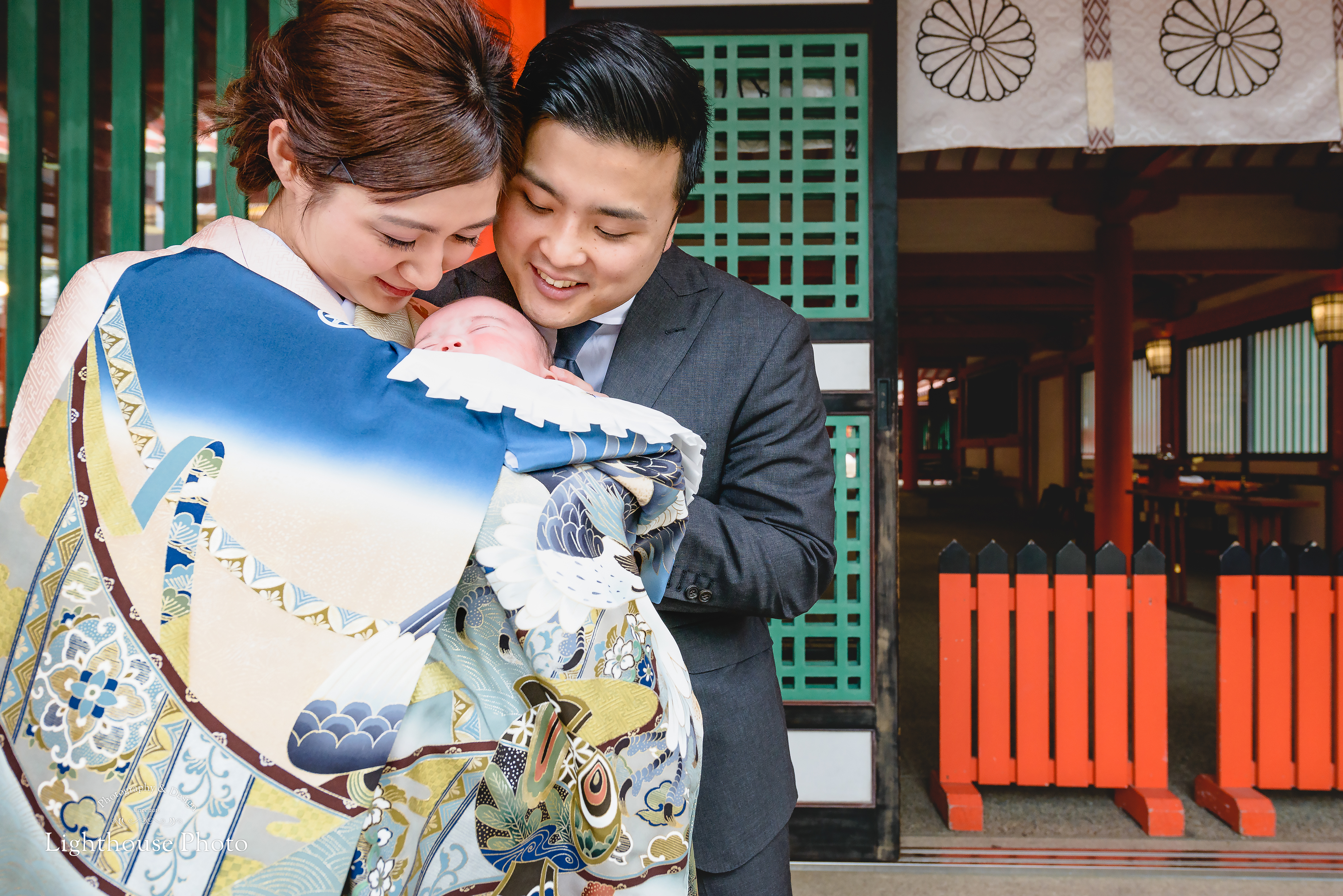 小雨の生田神社で、表情豊かなお宮参り。@生田神社-1