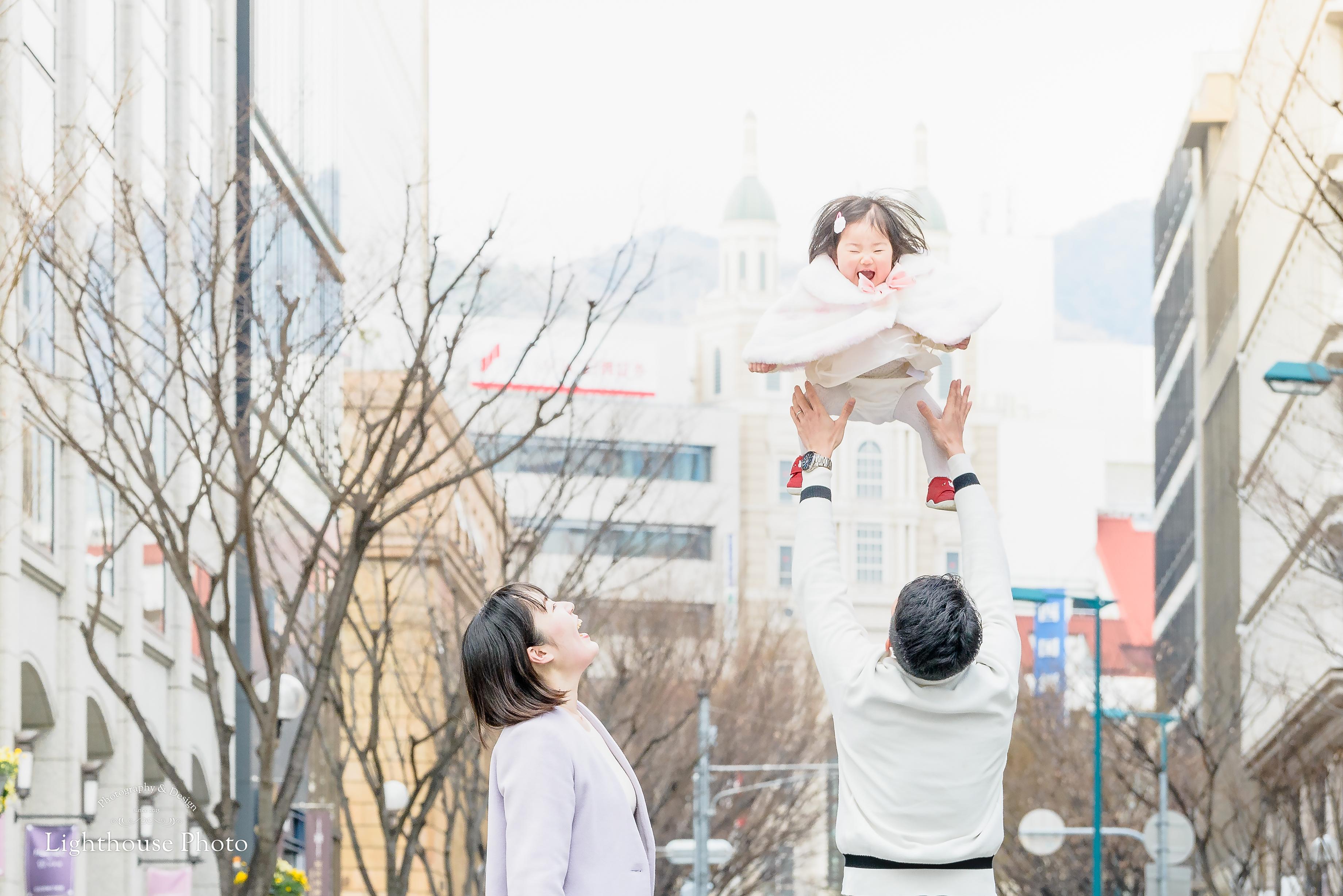 前撮りと同じ所で。初めてのバースデーフォトを@神戸・旧居留地-1